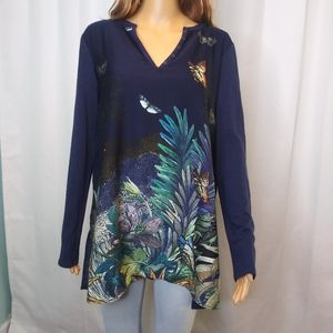 Anthropologie Akemi + Kin Navy Floral Tunic/Large